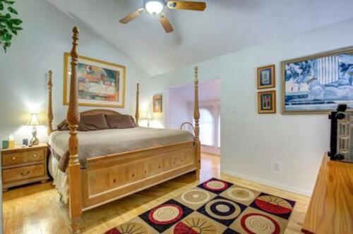 32-3907-mediterranean-st-up-master-bedroom-1