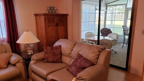 04-503-living-room-5