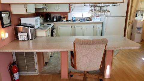 07-503-kitchen-table