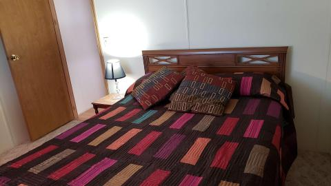 17-503-guest-bedroom-1